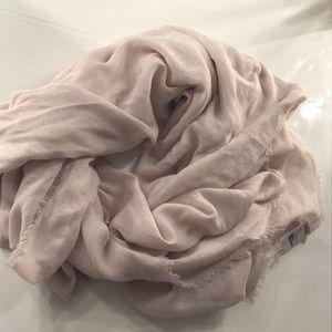 Cream fashion scarf